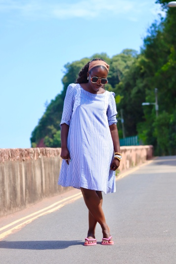 Dress:Claudie Pierlot | Sunglasses:Gucci